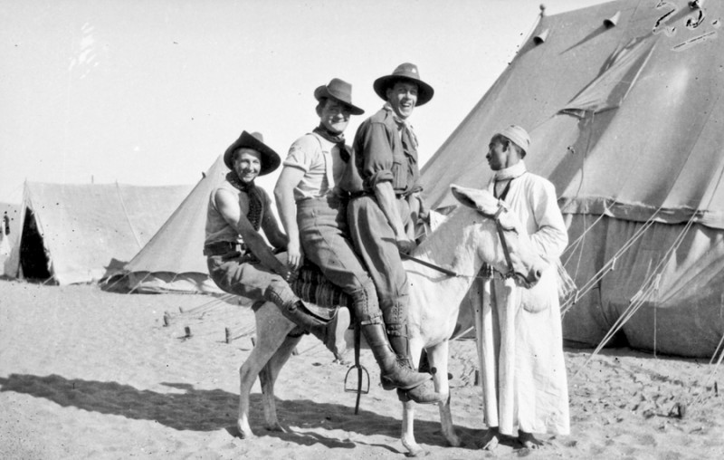 Three soldiers from 2nd Field Company, AIF, Egypt, 1915